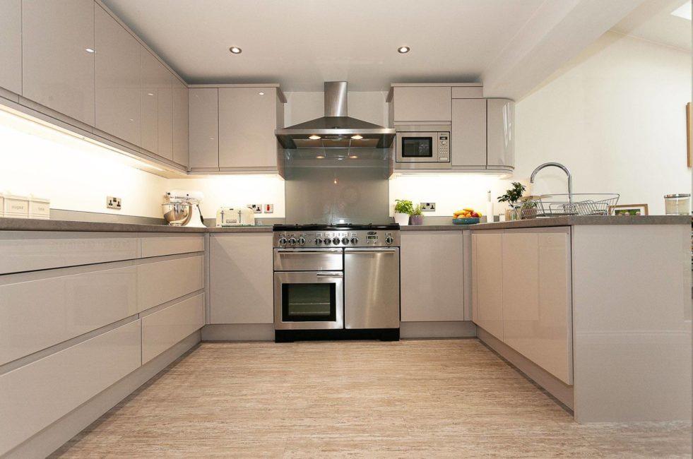 Hayley-kitchen-3